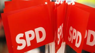 Ξεκινά σήμερα η εσωκομματική ψηφοφορία για τον μεγάλο συνασπισμό στο SPD