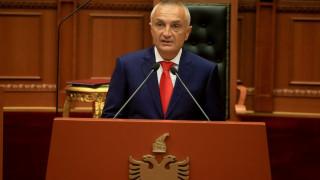 «Μπλόκο» του Αλβανού πρόεδρου στις συζητήσεις για θαλάσσια σύνορα
