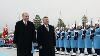 Διπλό «χτύπημα» από Ερντογάν και Ιβανόφ για το Σκοπιανό