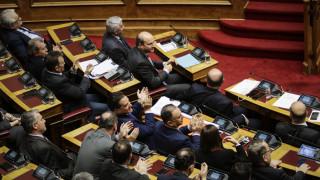 Υπόθεση Novartis: Φωτογραφικά στιγμιότυπα από τη συνεδρίαση της Βουλής