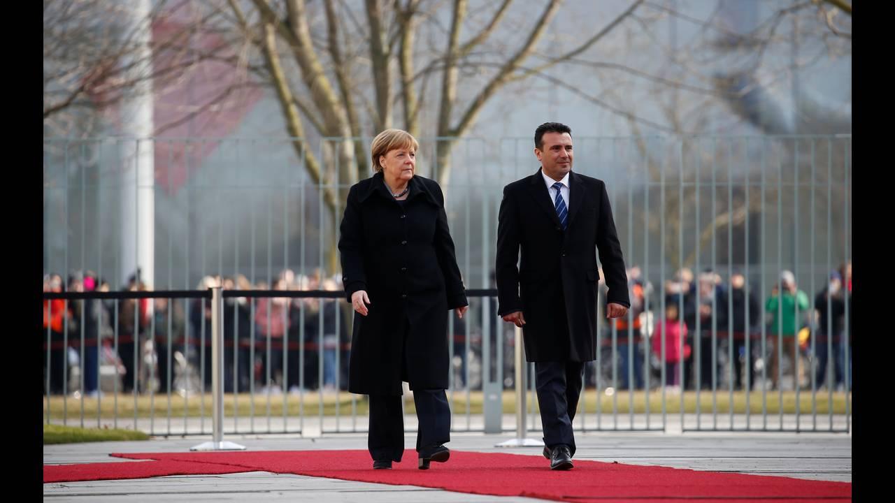 https://cdn.cnngreece.gr/media/news/2018/02/21/118600/photos/snapshot/2018-02-21T111501Z_343836261_RC1892A185A0_RTRMADP_3_GERMANY-MACEDONIA.JPG