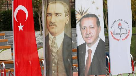 Πρέσβης Γ. Κακλίκης για Τουρκία: Η Άγκυρα κάνει bullying στους γείτονές της (vid)