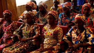 Νιγηρία: 76 κορίτσια διασώθηκαν από επίθεση τζιχαντιστών - Φόβοι για νέο Τσίμποκ