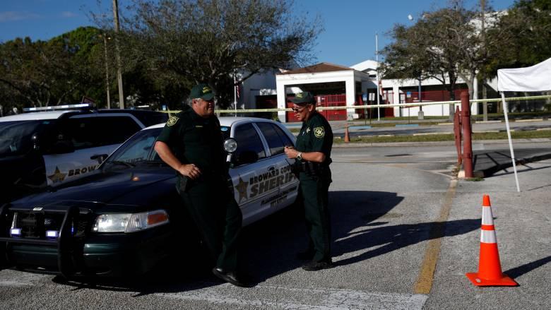 ΗΠΑ: 17χρονος απειλούσε να επιτεθεί στο σχολείο του – Βρέθηκε οπλοστάσιο στο σπίτι του