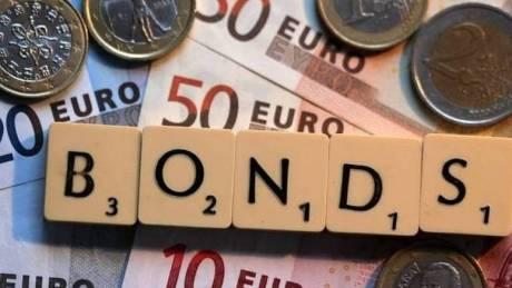 Κέρδη για τα ελληνικά ομόλογα μετά την αναβάθμισης της Moody's