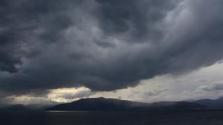 Καιρός: Πού θα σημειωθούν βροχές την Παρασκευή