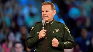 ΗΠΑ: Ένας οπλισμένος βοηθός σερίφη ήταν στο λύκειο της Φλόριντας την ώρα του μακελειού