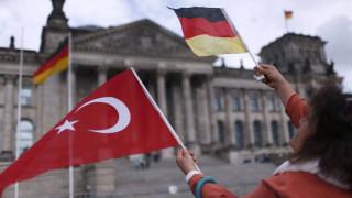 Απελευθερώθηκε ακόμη ένας Γερμανός πολίτης που κρατούνταν στην Τουρκία