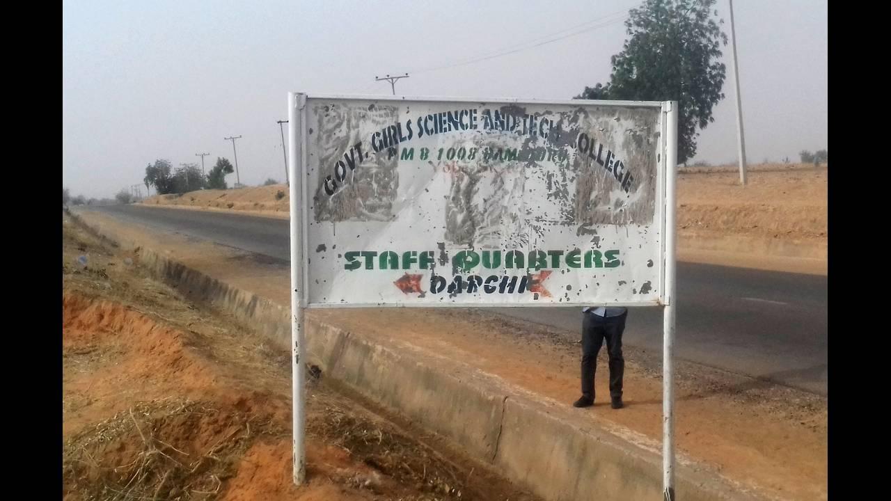 https://cdn.cnngreece.gr/media/news/2018/02/23/119003/photos/snapshot/2018-02-22T192634Z_2132367535_RC1D52662CC0_RTRMADP_3_NIGERIA-SECURITY.JPG