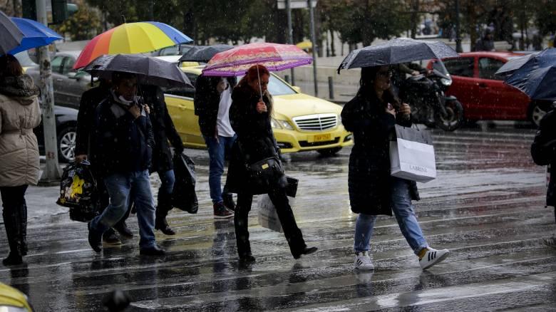 Καιρός: Ισχυρές βροχές και καταιγίδες τη Δευτέρα σε όλη τη χώρα