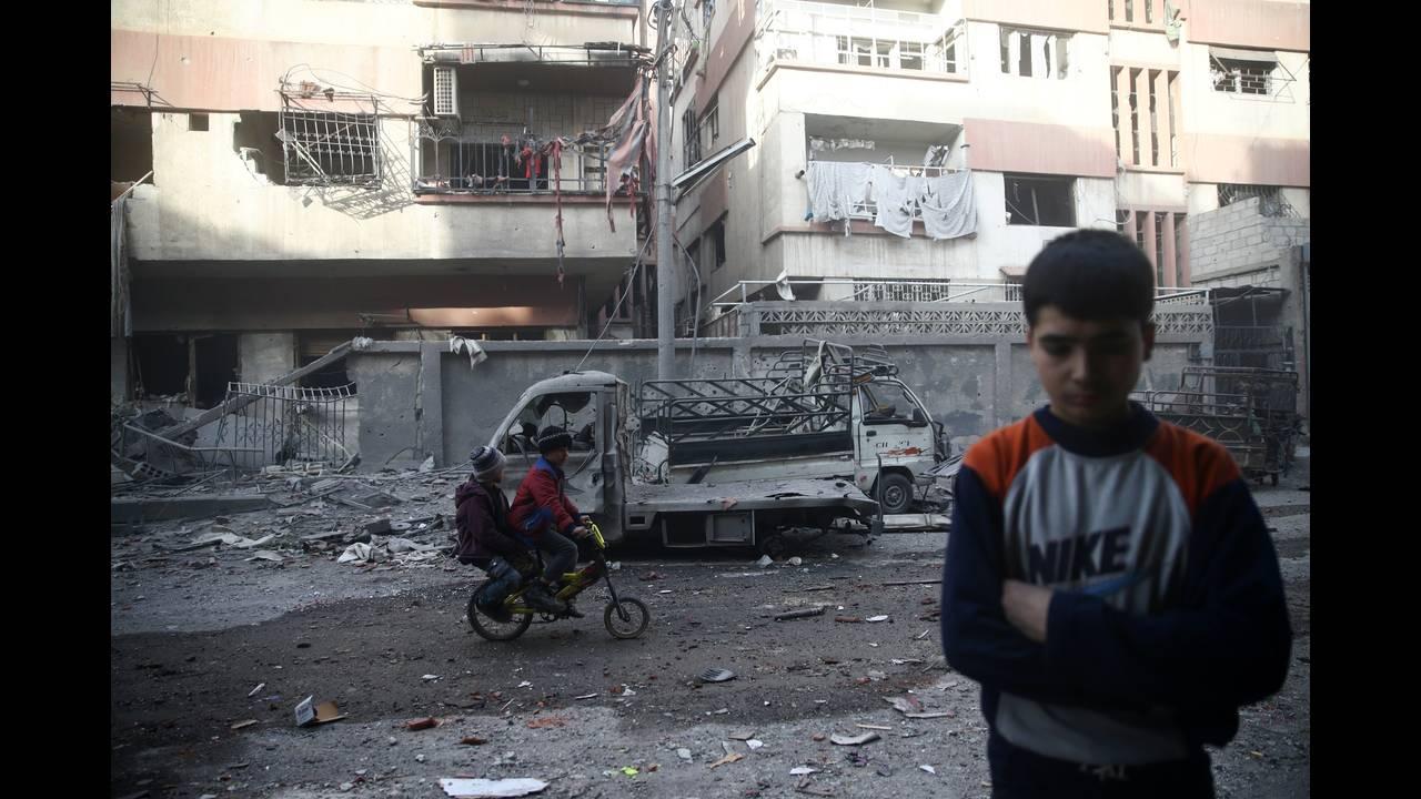 https://cdn.cnngreece.gr/media/news/2018/02/25/119193/photos/snapshot/2018-02-09T185344Z_1596210543_RC192ABDCFC0_RTRMADP_3_MIDEAST-CRISIS-SYRIA.JPG