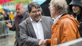 Η Άγκυρα ζήτησε από την Πράγα την έκδοση του Κούρδου αξιωματούχου