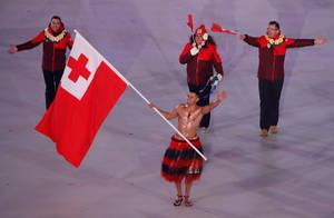 Ο Πίτα Ταουφατόφουα, τον οποίο γνωρίσαμε ως αθλητή του Τάε κβο ντο στους Ολυμπιακούς Αγώνες του Ρίο το 2016, ήταν σημαιοφόρος της αποστολής του Βασιλείου των Τόνγκα και στην τελετή έναρξης των Χειμερινών Ολυμπιακών Αγώνων, όπου αγωνίστηκε στο σκι.