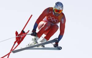 Ο Νορβηγός Άξελ Λουντ Σβίνταλ, έγινε ο γηραιότερος αθλητής που αγωνίζεται στο αλπικό σκι σε Ολυμπιακούς Αγώνες. Ο Σβίνταλ, στα 35 του χρόνια, έγινε και ο πρώτος Νορβηγός που κερδίζει χρυσό μετάλλιο στην κατάβαση του αλπικού σκι.