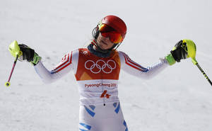 Η Αμερικανίδα Μικαέλα Σιφρίν, στόχευε στην κατάκτηση πέντε μεταλλίων στους Χειμερινούς Ολυμπιακούς Αγώνες της Πιονγκτσάνγκ, όπως τελικά επιστρέφει στις Ηνωμένες Πολιτείες με δύο, ένα χρυσό κι ένα ασημένιο.