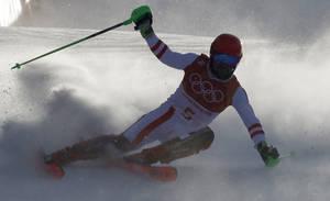 Ο Αυστριακός Μίχαελ Χίρσχερ κατέκτησε το πρώτο του χρυσό ολυμπιακό μετάλλιο την τέταρτη μέρα των Αγώνων και πέντε μέρες αργότερα κρέμασε ακόμη ένα χρυσό στο στήθος του. Ο 28χρονος πήγαινε και για το τρίτο, όμως δεν τα κατάφερε το ίδιο καλά στο σλάλομ.