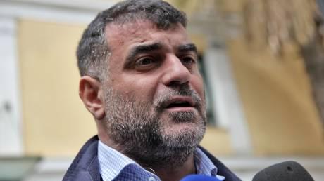 Συνελήφθη ο δημοσιογράφος Κ. Βαξεβάνης μετά τη μήνυση του Α. Σαμαρά