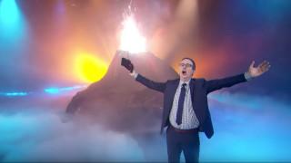 Ο Τζον Όλιβερ θέλει να γίνει πρωθυπουργός της Ιταλίας
