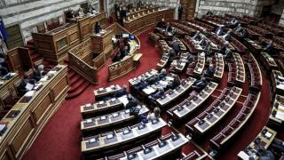 Κόντρα στη Βουλή για την υπόθεση Aντωνοπούλου