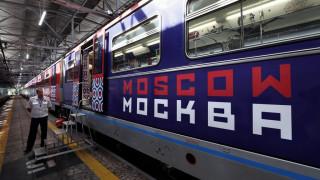 Ειδικές κονκάρδες για τις εγκύους στο μετρό της Μόσχας για να τους παραχωρούν θέση