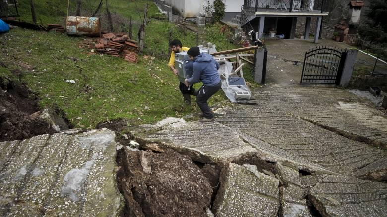 Τρίκαλα: Τεράστια προβλήματα και καταστροφές από την κακοκαιρία