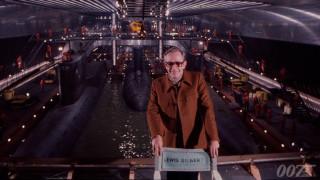 Πέθανε ο Βρετανός σκηνοθέτης Λιούις Γκίλμπερτ