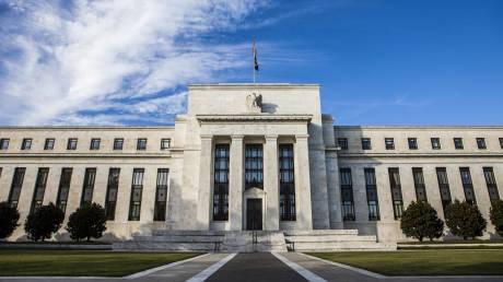 Νευρικότητα στις αγορές για τις αυξήσεις επιτοκίων της Fed