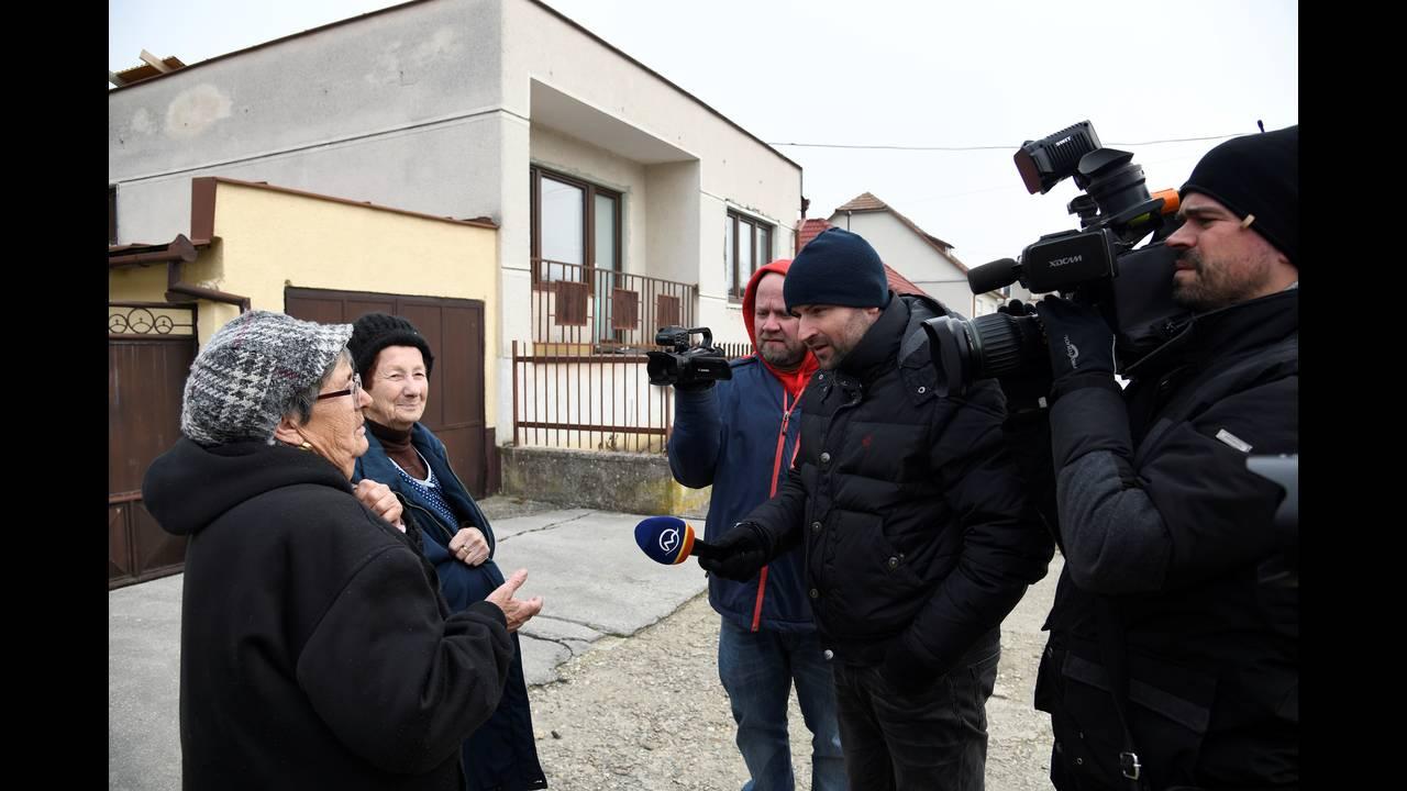 https://cdn.cnngreece.gr/media/news/2018/02/28/119577/photos/snapshot/2018-02-27T120549Z_934005857_RC1D7DEC5A80_RTRMADP_3_SLOVAKIA-CRIME.JPG