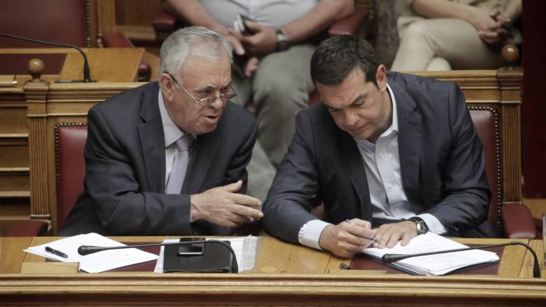 Handelsblatt: Ο ανασχηματισμός δείχνει πως ο Τσίπρας θέλει να συνεχίσει τις μεταρρυθμίσεις