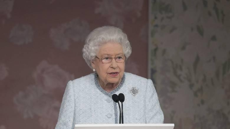 Έφηβος είχε αποπειραθεί να σκοτώσει τη βασίλισσα Ελισάβετ το 1981 στη Νέα Ζηλανδία