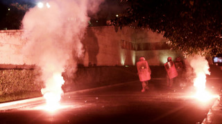 Επίθεση με γκαζάκια σε γραφεία του υπουργείου Πολιτισμού - μυστήριο με μία σύλληψη
