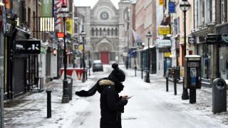 Σφοδρές χιονοθύελλες: Μπλακάουτ στην Ιρλανδία - Κινητοποίηση βρετανικού στρατού για την αντιμετώπιση