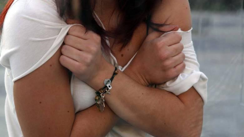 Προφυλακίστηκαν οι κατηγορούμενοι για σεξουαλική κακοποίηση ανήλικης στην Πιερία