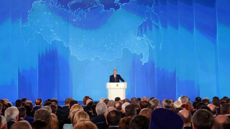Αντικείμενο συζήτησης το «άτρωτο» εξοπλιστικό πρόγραμμα του Πούτιν
