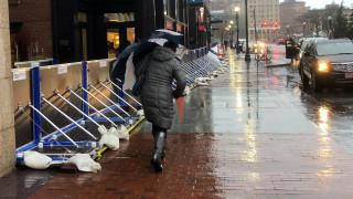 Κακοκαιρία «σαρώνει» τις ΗΠΑ: Ισχυροί άνεμοι και πλημμύρες