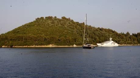 «Λίφτινγκ» στον Σκορπιό: Ξεκινάει η κατασκευή επαύλεων στο νησί