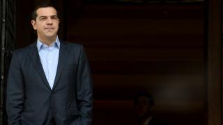 Τσίπρας: Κυκλώματα της Ν.Δ. και του ΠΑΣΟΚ διαμοίραζαν τα ιμάτια του ελληνικού λαού