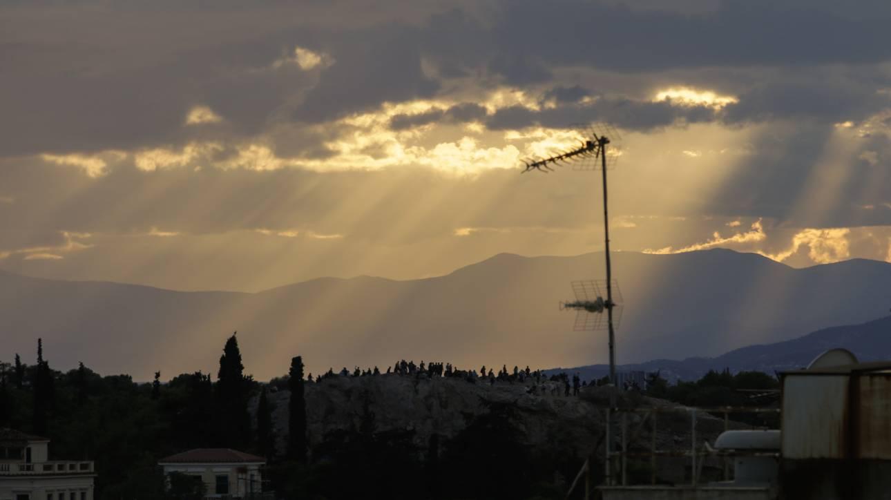 Περισσότερη επιφανειακή ηλιακή ακτινοβολία δέχεται πλέον η Αθήνα