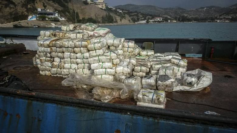 Κρήτη: Πάνω από ένας τόνος κάνναβης εντοπίστηκε σε αλιευτικό σκάφος