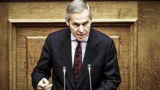Αντιδράσεις για τις δηλώσεις του Θ. Δαβάκη - Ο ΣΥΡΙΖΑ ζητά παρέμβαση Μητσοτάκη