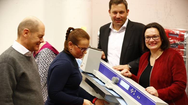 Ικανοποίηση της ηγεσίας του SPD για το «ναι» στο μεγάλο κυβερνητικό συνασπισμό