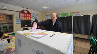 Εκλογές Ιταλία: Μέτρια συμμετοχή και τεχνικά προβλήματα στη διαδικασία