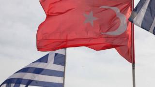 Αγωνία για τη δίκη των δύο Ελλήνων στρατιωτικών – Στο δικαστήριο οι δικηγόροι τους
