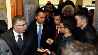 Ιταλία: «Σταθερή κυβέρνηση» επιθυμεί η Γερμανία - Επιφυλακτικός για το αποτέλεσμα ο Μακρόν