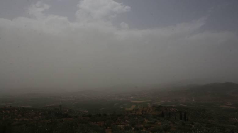 Ανησυχία στην Κύπρο από τα υψηλά επίπεδα σκόνης που «πνίγουν» το νησί