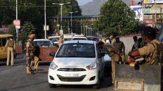 Ινδία: Δεκάδες νεκροί από πτώση φορτηγού σε βαθύ φρεάτιο