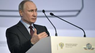 Πούτιν: Οι Ηνωμένες Πολιτείες μας κορόιδεψαν με το πραξικόπημα στην Ουκρανία