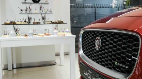 Λαμπερά εγκαίνια για τη Σπανός ΑΕ για την έναρξη της συνεργασίας της με την Jaguar Land Rover