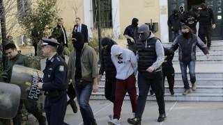 Απαγγέλθηκαν κατηγορίες σε βάρος των συλληφθέντων ακροδεξιών