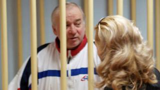 Με νευροπαραλυτικό παράγοντα δηλητηριάστηκαν ο Ρώσος πρώην κατάσκοπος και η κόρη του